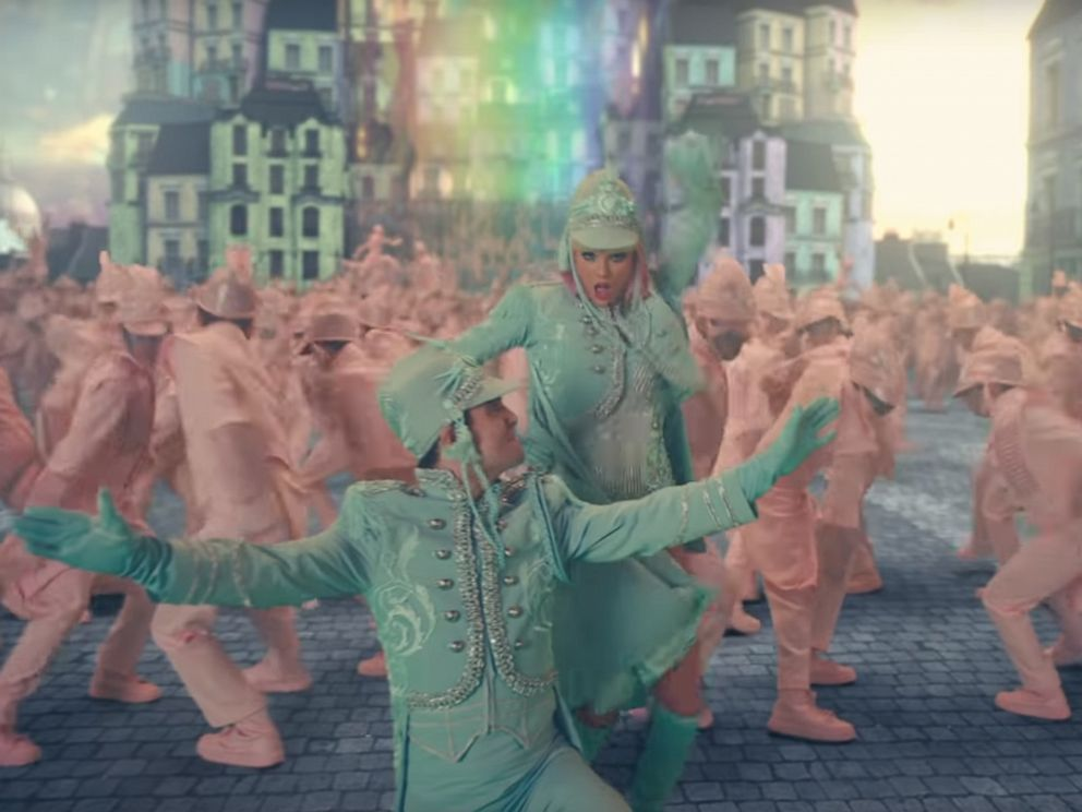 PHOTO: Taylor Swift released her new video ME (feat. Brendon Urie of Panic! At The Disco).