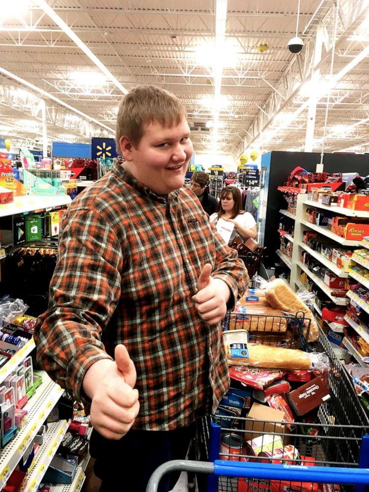 PHOTO: Michael Watson, of Canton, Ohio, weighed more than 300 pounds at the start of his weight loss.