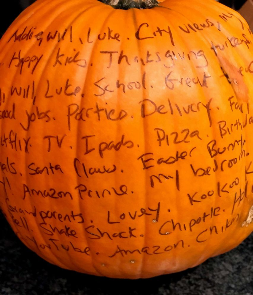 PHOTO: The thankful jar is an easy project and centerpiece.