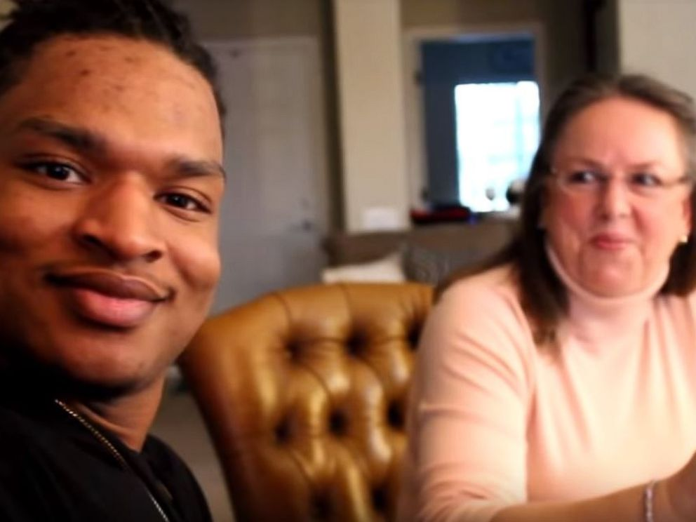 PHOTO: Jamal Hinton and his girlfriend enjoyed a Thanksgiving meal with Wanda Dench for the third year in a row after an accidental text exchange brought them together three years ago.