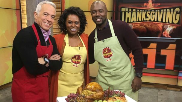 Thanksgiving 911: Celebrity chefs share last minute recipes, tips and tricks to keep things cool in the kitchen