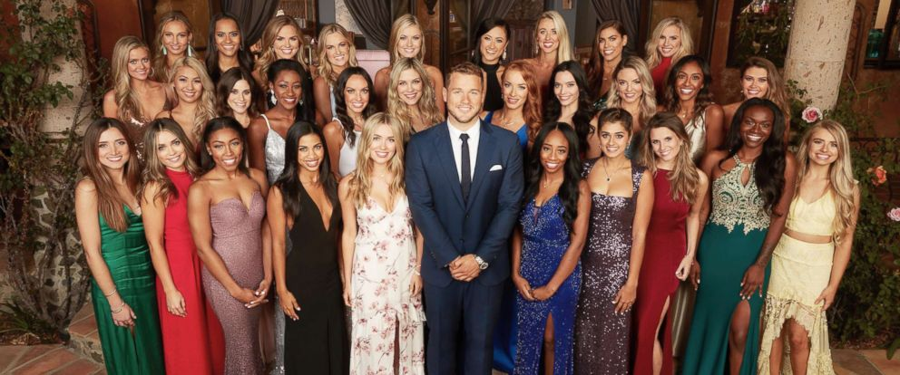 """PHOTO: Colton Underwood is pictured with the cast of the new season of """"The Bachelor."""""""