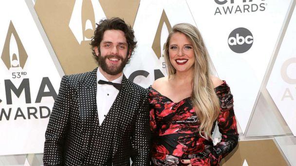 Thomas Rhett and family make adorable appearance at CMA Awards