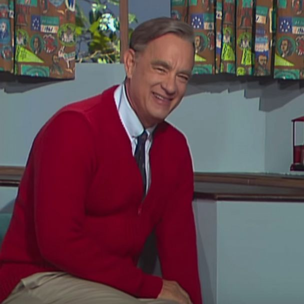Tom Hanks Stars As Mr Rogers In A Beautiful Day In The Neighborhood Trailer Gma