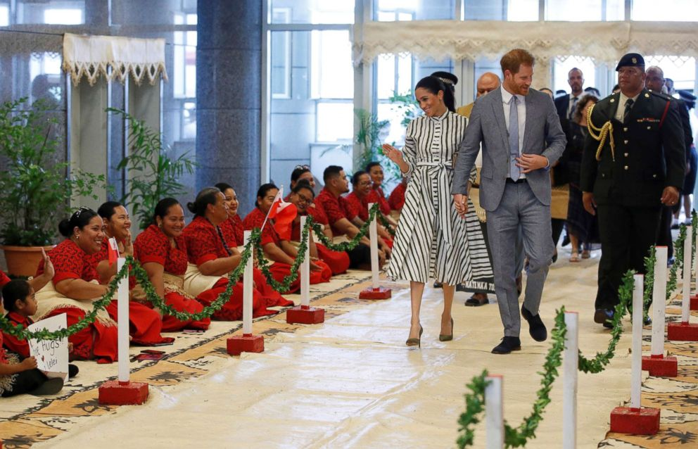 PHOTO: Prince Harry and Meghan, Duchess of Sussex arrive at St George Government Building in Nukualofa, Tonga, Oct. 26, 2018.