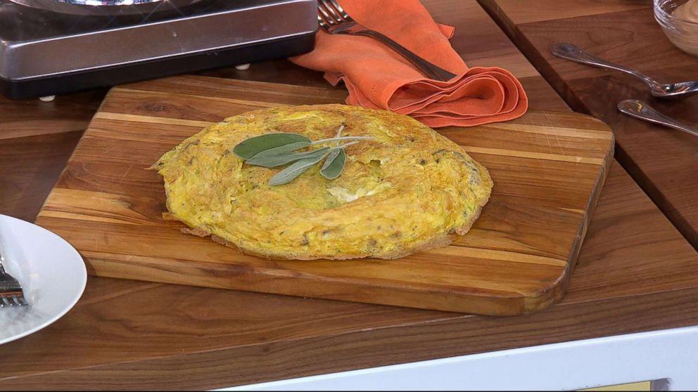 "Michael Symon shares his turkey frittata recipe for Thanksgiving on ""GMA""."