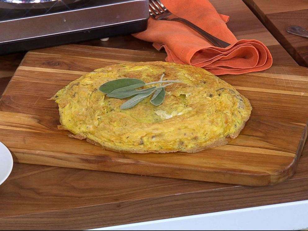 PHOTO: Michael Symon shares his turkey frittata recipe for Thanksgiving on GMA.