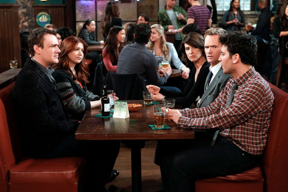 PHOTO: From left, Jason Segel, Alyson Hannigan, Cobie Smulders, Neil Patrick Harris and Josh Radnor on an episode of How I Met Your Mother.
