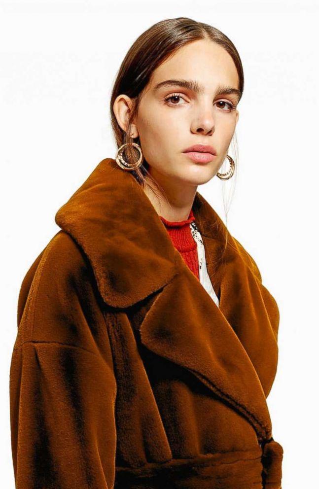 PHOTO: Topshop, Bella Velvet Faux Fur,