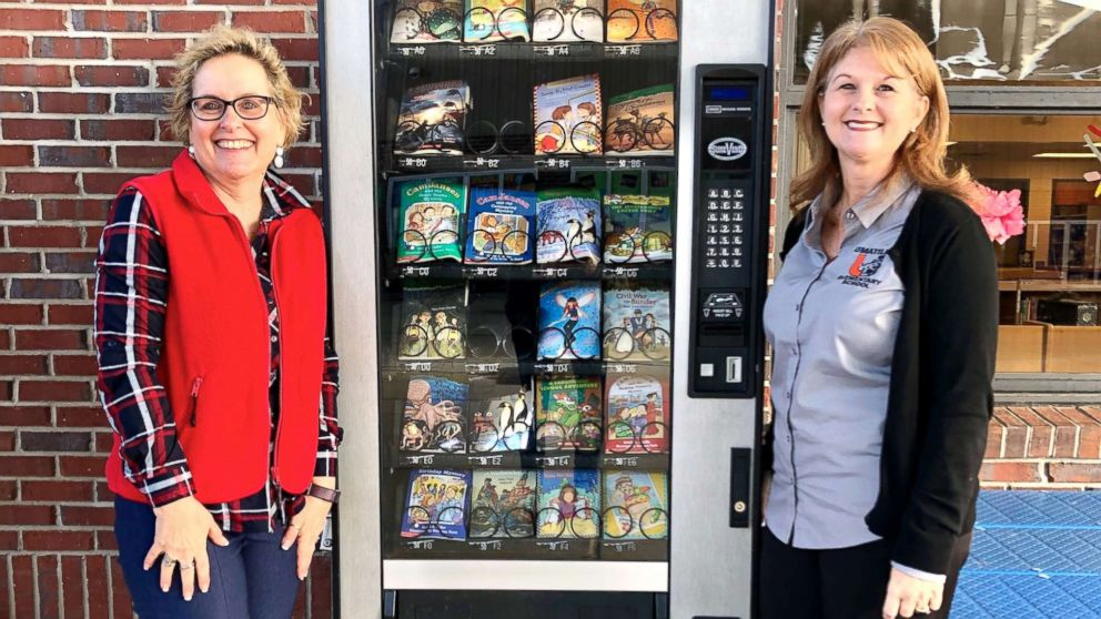 This elementary school fills their vending machine with books instead of candy