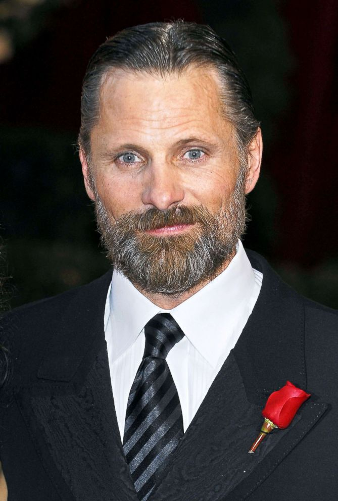 PHOTO: Actor Viggo Mortensen arrives on the red carpet of the 80th Academy Awards, Feb. 24, 2008.