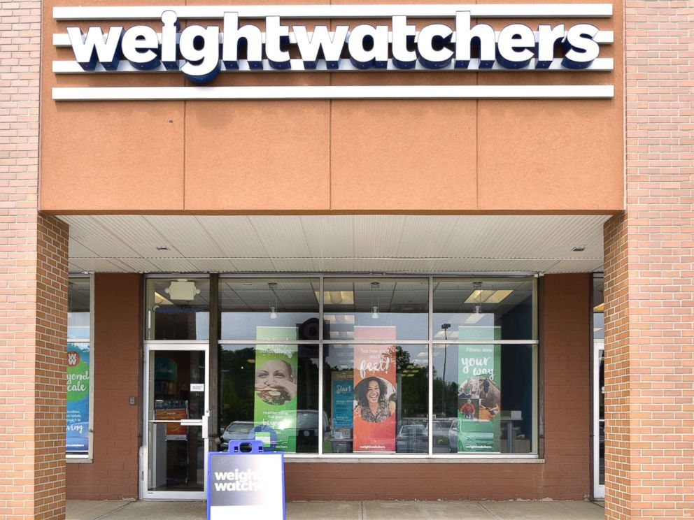 PHOTO:The exterior of a Weight Watchers meeting room and store location is pictured in Staten Island, N.Y., in this June 28, 2016 file photo.