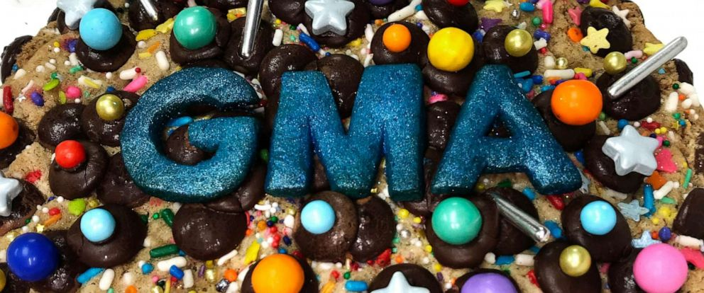 """PHOTO: Wendy Kous gigantic chocolate chip cookie made for """"GMA."""""""