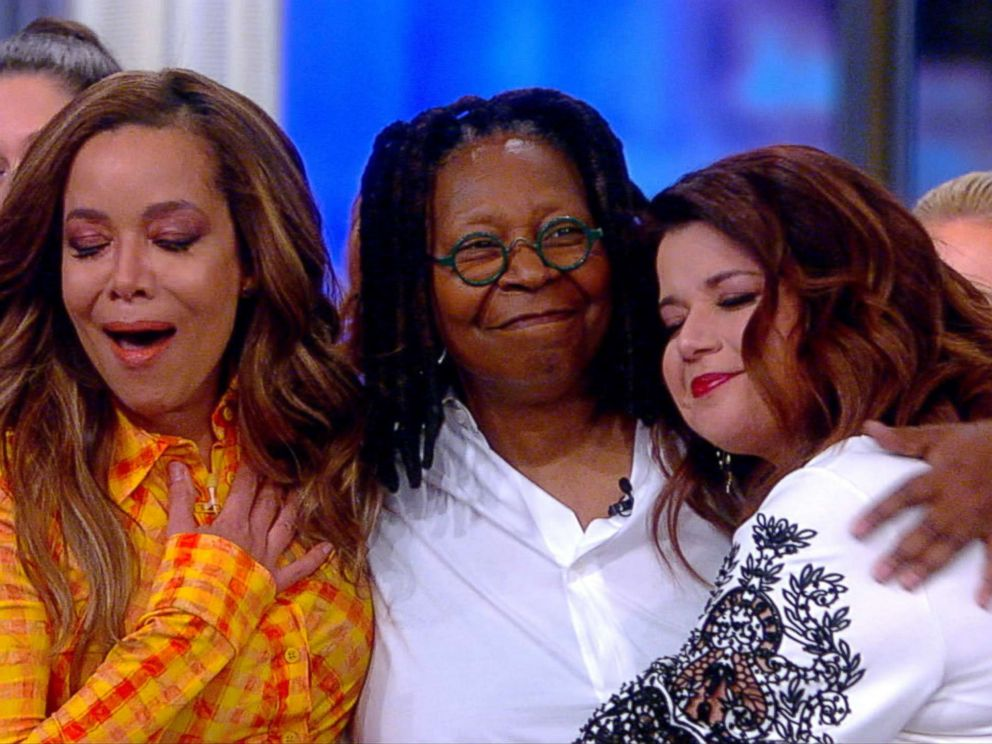 PHOTO: Whoopi Goldberg makes a surprise visit to the set of ABCs, The View, on March 14, 2019.