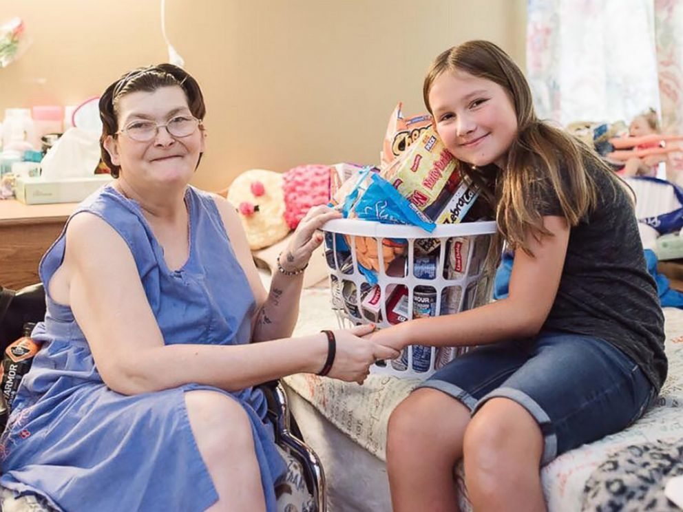 PHOTO: Ruby Kate Chitsey, 11, grants wishes of nursing home residents at five long term care centers in three counties in and around Harrison, Arkansas.