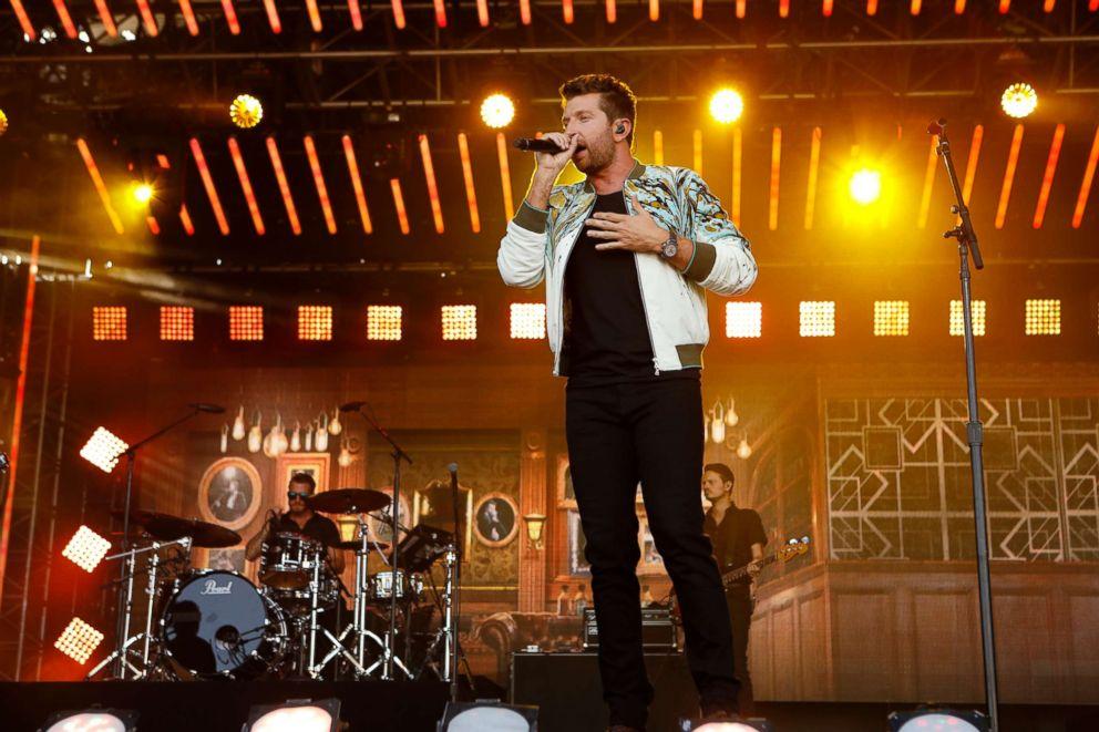 PHOTO: Brett Eldredge performs on Jimmy Kimmel Live!