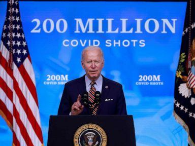 Biden mengumumkan 200 juta metode dosis vaksin dipenuhi lebih awal thumbnail