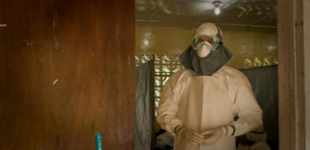 VIDEO: American Doctor Undergoing Treatment After Testing Positive for Ebola