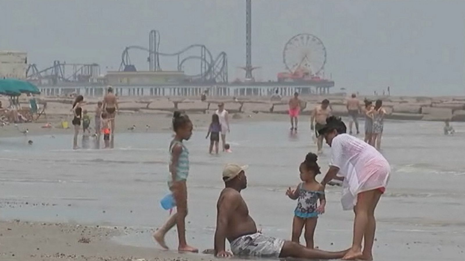 The Reason Beachgoers Are Being Warned to Avoid Gulf Waters