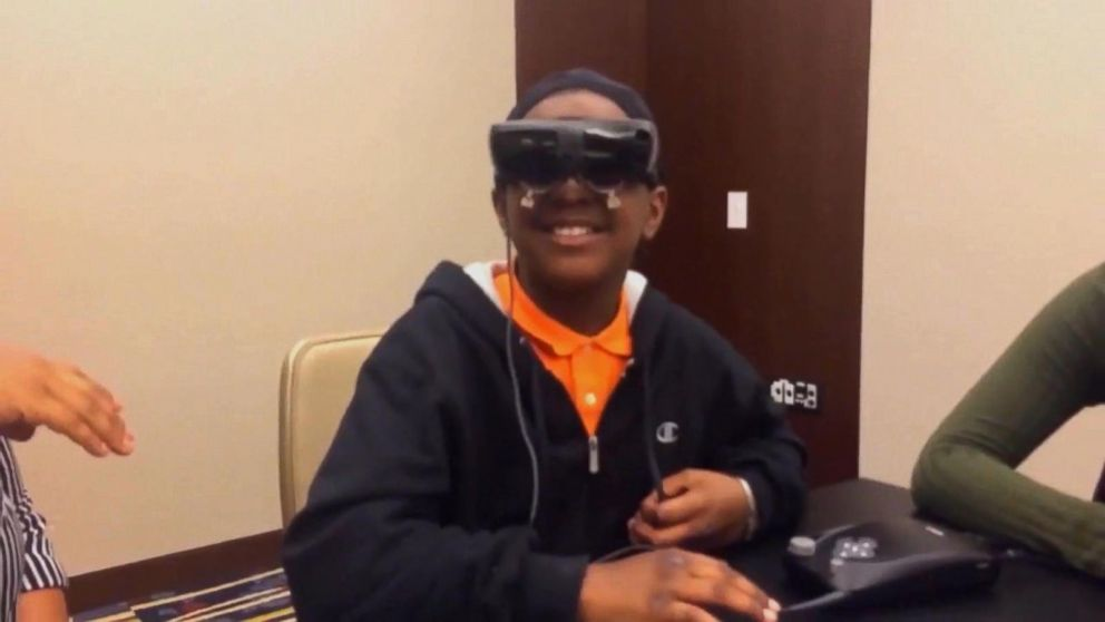Legally Blind 5th Grader Sees Mother for 1st Time Through Electronic Glasses