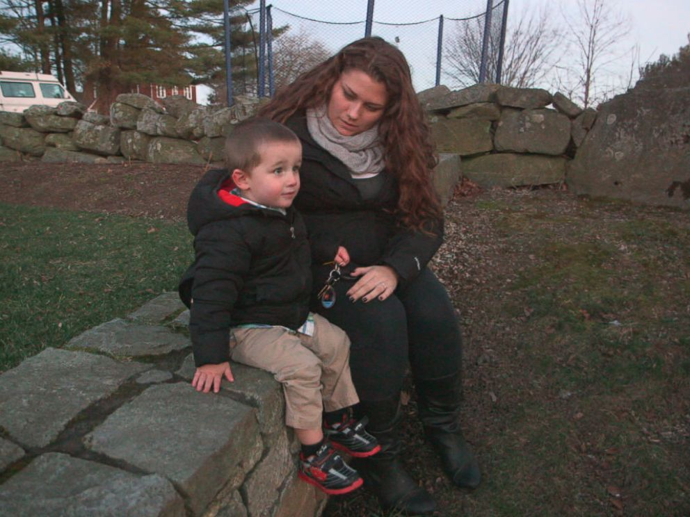 PHOTO: Kaitlin Norton, pictured here with her son Camden, is a recovering heroin addict.