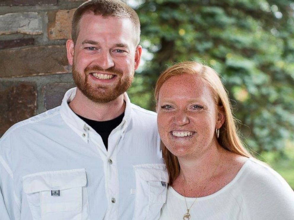 PHOTO: Dr. Kent Brantly, left, and his wife Amber, right, are seen in an undated photo provided by Samaritans Purse.