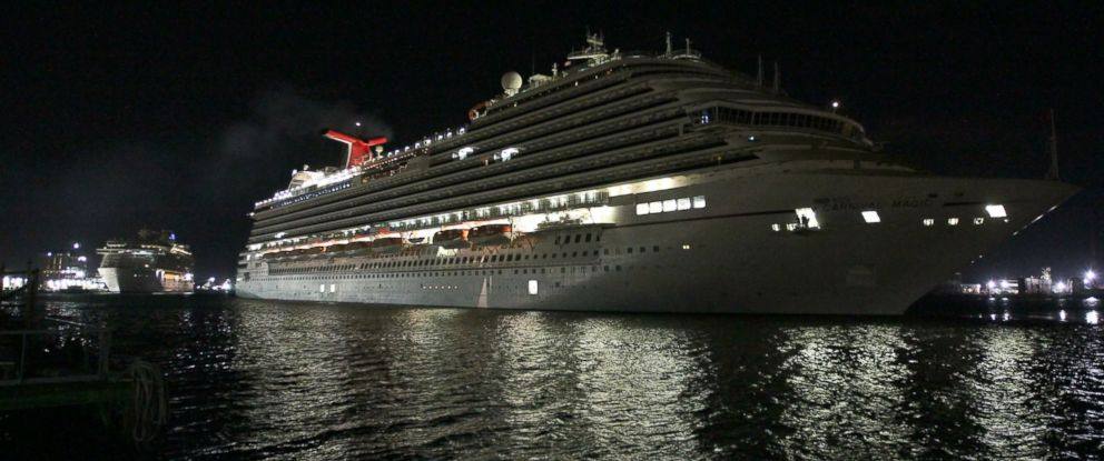 PHOTO: The Carnival Magic docks at Pier 25 in Galveston, Texas early Sunday, Oct. 19, 2014.