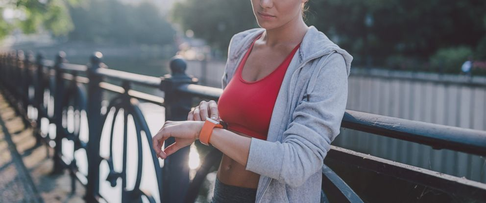 PHOTO: Wrist-worn fitness trackers may fall short in monitoring heart rates compared to standard medical devices, according to a study.