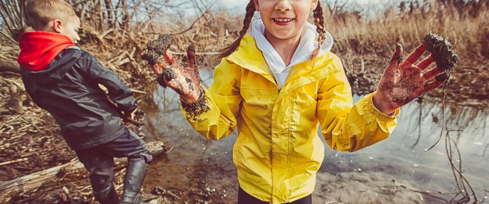"""PHOTO: In the book """"Let Them Eat Dirt: Saving Your Child from an Oversanitized World,"""" researchers B. Brett Finlay and Marie-Claire Arrieta argue that allowing children to get dirty exposes them to healthy germs and can actually be good for them."""