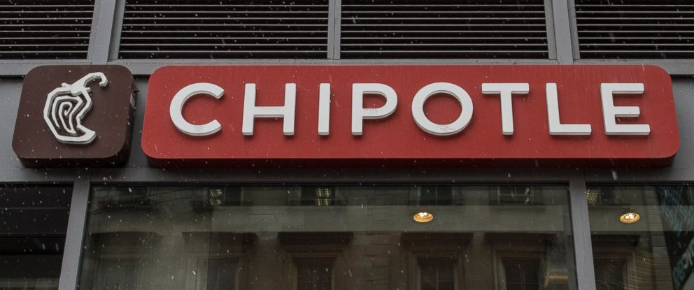 PHOTO: A Chipotle restaurant voluntarily shut down after a worker became sick. No customers were reported sick.
