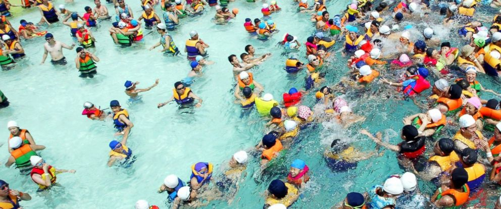 PHOTO: A crowded swimming pool.