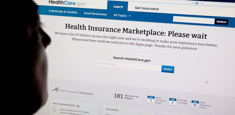 PHOTO: A woman looks at the HealthCare.gov insurance exchange website in Washington, Oct. 1, 2013.