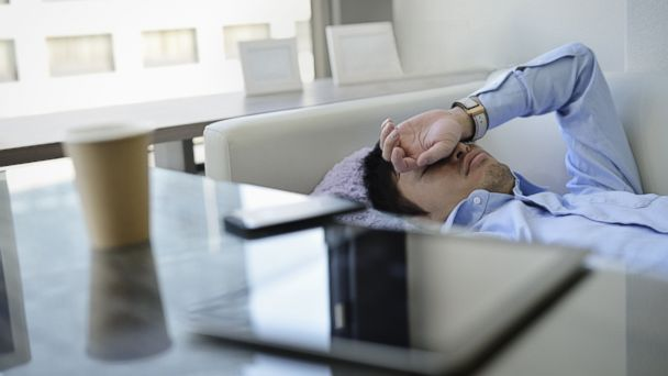 PHOTO: Lack of sleep can lower hormones responsible for appetite control and fat storage.
