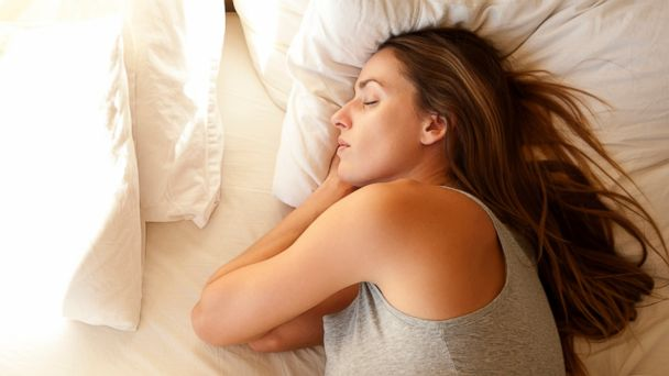 PHOTO: Find out how to snooze more soundly and lose weight.