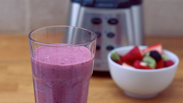 PHOTO: A fruit smoothie with liquidizer is seen.