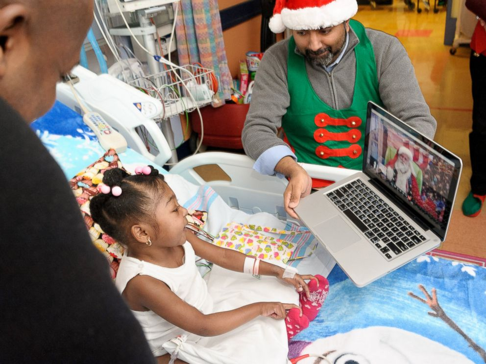 Pediatric Patients Get Special Visitors For Holidays Abc