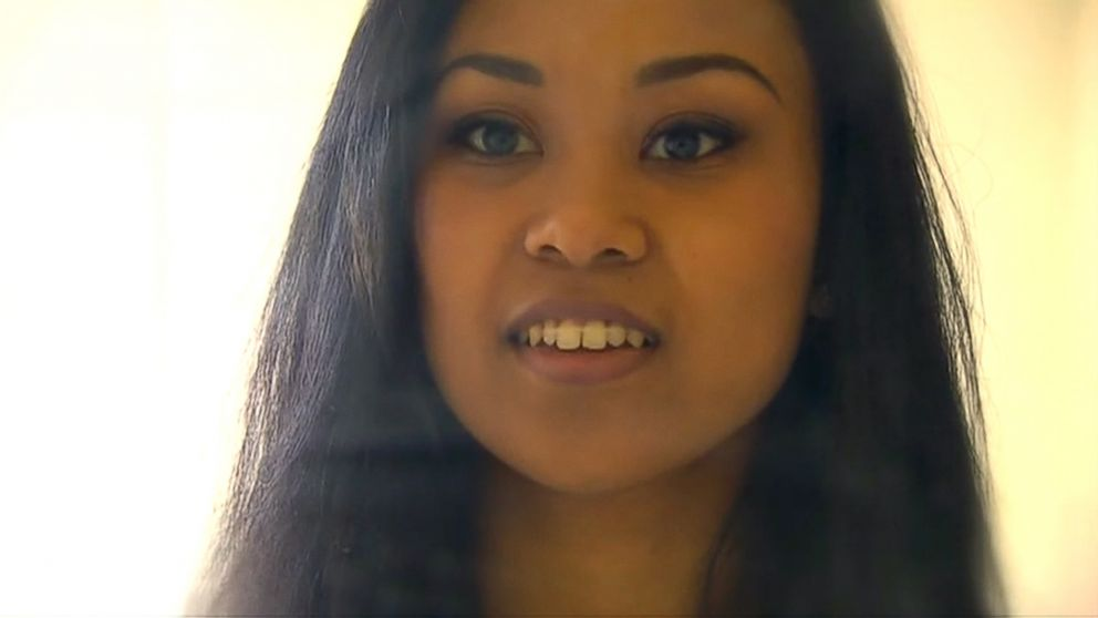 A Washington State woman claims she closed her tooth gap in 44 days using $5 worth of hair elastics.