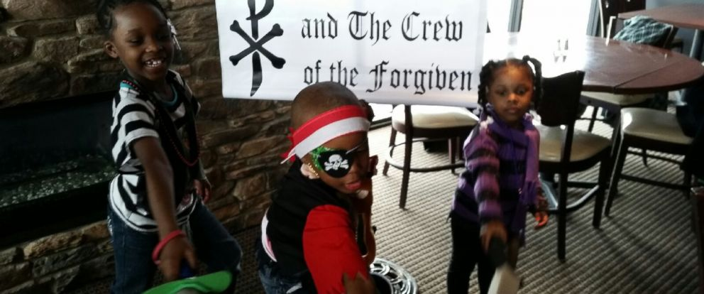 PHOTO: Donovan Lyles Jr. and his two sisters attend a pirate party
