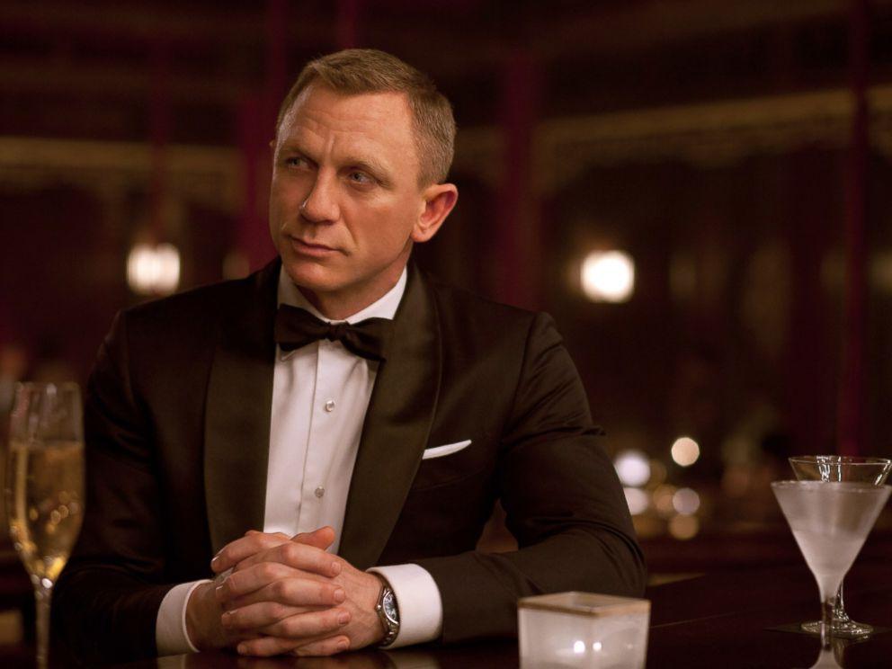PHOTO: Daniel Craig portrays British spy James Bond in the movie version of Skyfall.