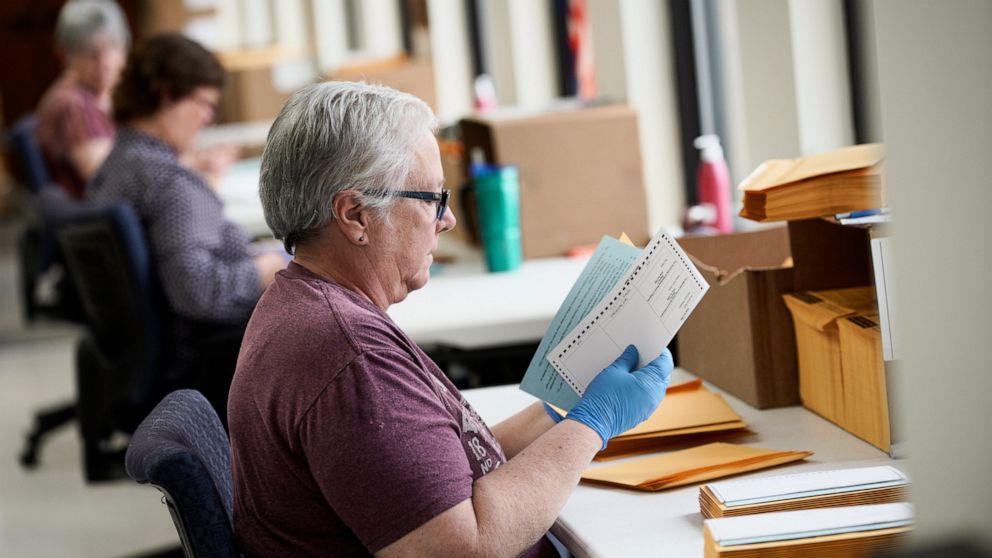 Nebraska will open voting sites for primary despite concerns thumbnail