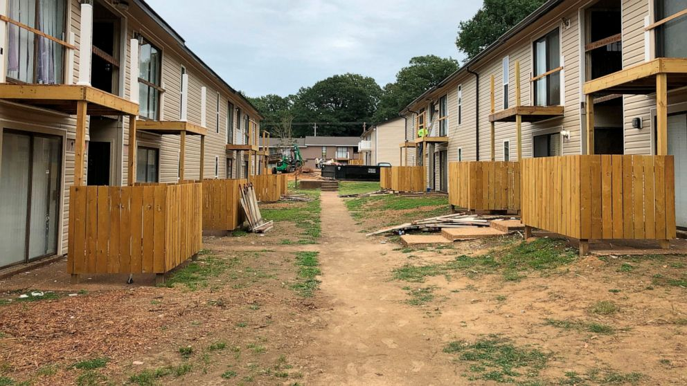 Landlords suing to push back against eviction ban thumbnail