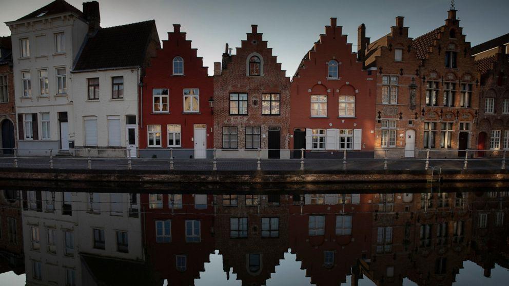 New clusters pop up; Europe debates summer tourist season thumbnail