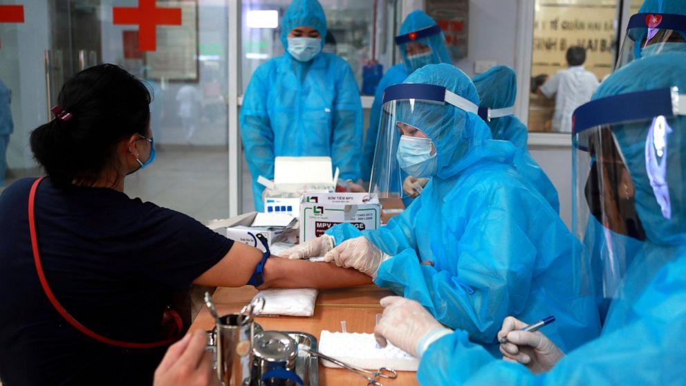 Mexico No. 3 in virus deaths; storm could hinder US response thumbnail