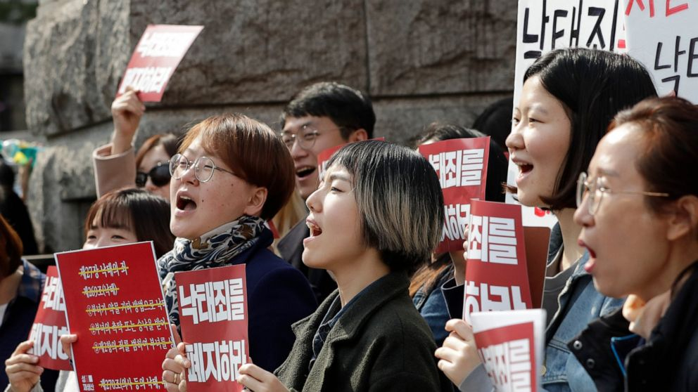 South Korea Constitutional Court rules abortion law unconstitutional