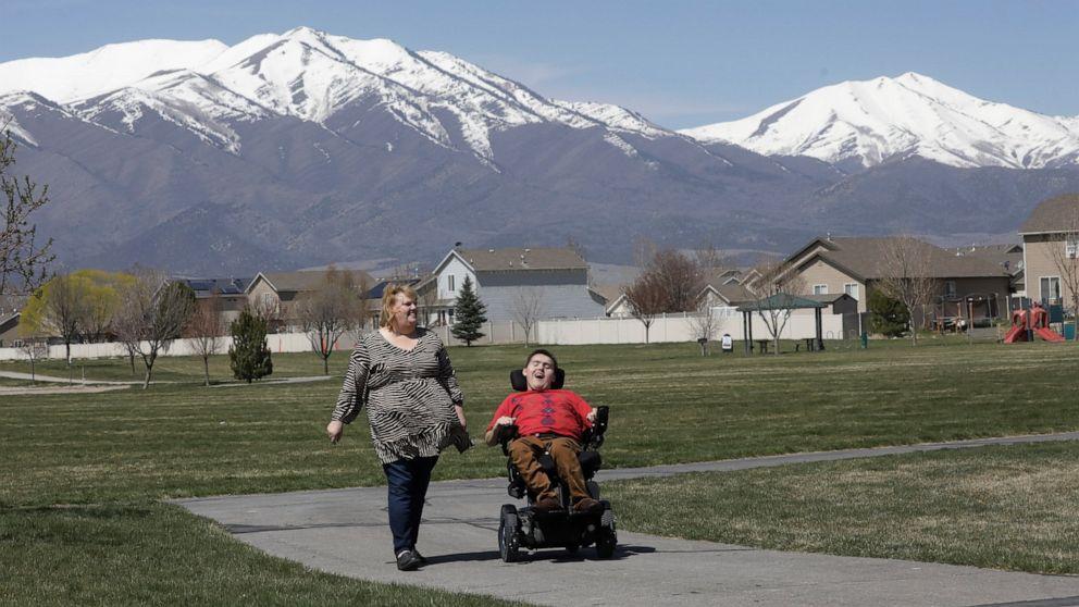 Coronavirus crisis exacts toll on people with disabilities thumbnail