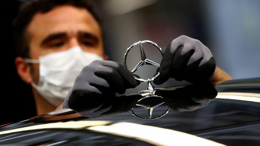 Germany wary of lifting lockdown, despite economic pain thumbnail