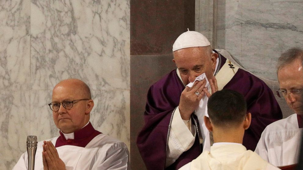 Pope cancels audiences for third day with apparent cold thumbnail
