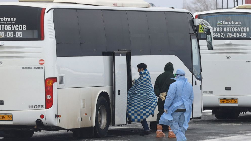 ABC News Italy, Turkey screen all arriving passengers for coronavirus thumbnail