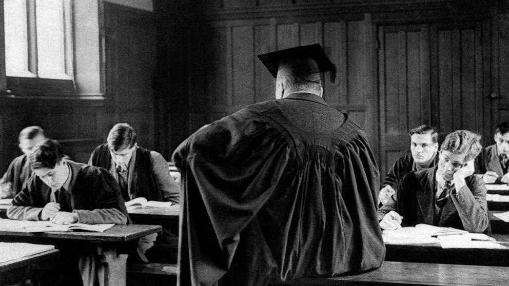 Cambridge University scraps in-person lectures for 2020-2021 thumbnail