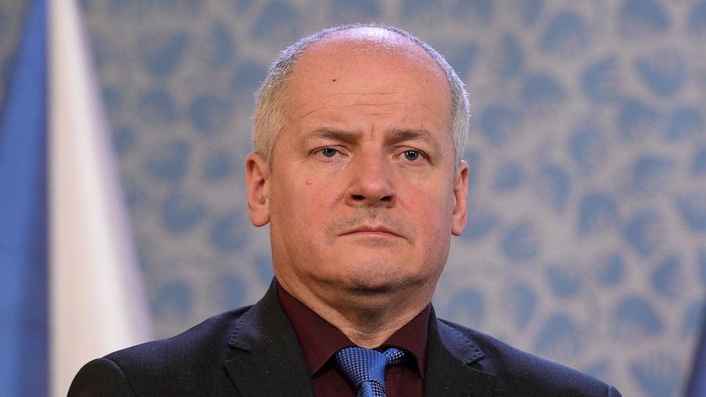Sebagai gantinya Vojtech, Perdana Mentri Ceko Andrej Babis mengumumkan seorang ahli epidemilogi, Roman Prymula akan menjadi Menkes baru.